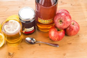 apple-cider-vinegar-with-honey-and-lemon-homemade cold remedy